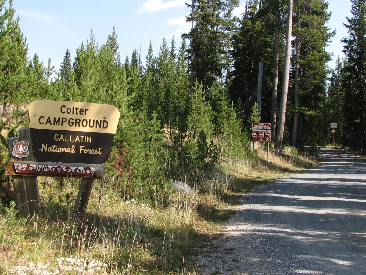 Entrance Sign to Colter Campground